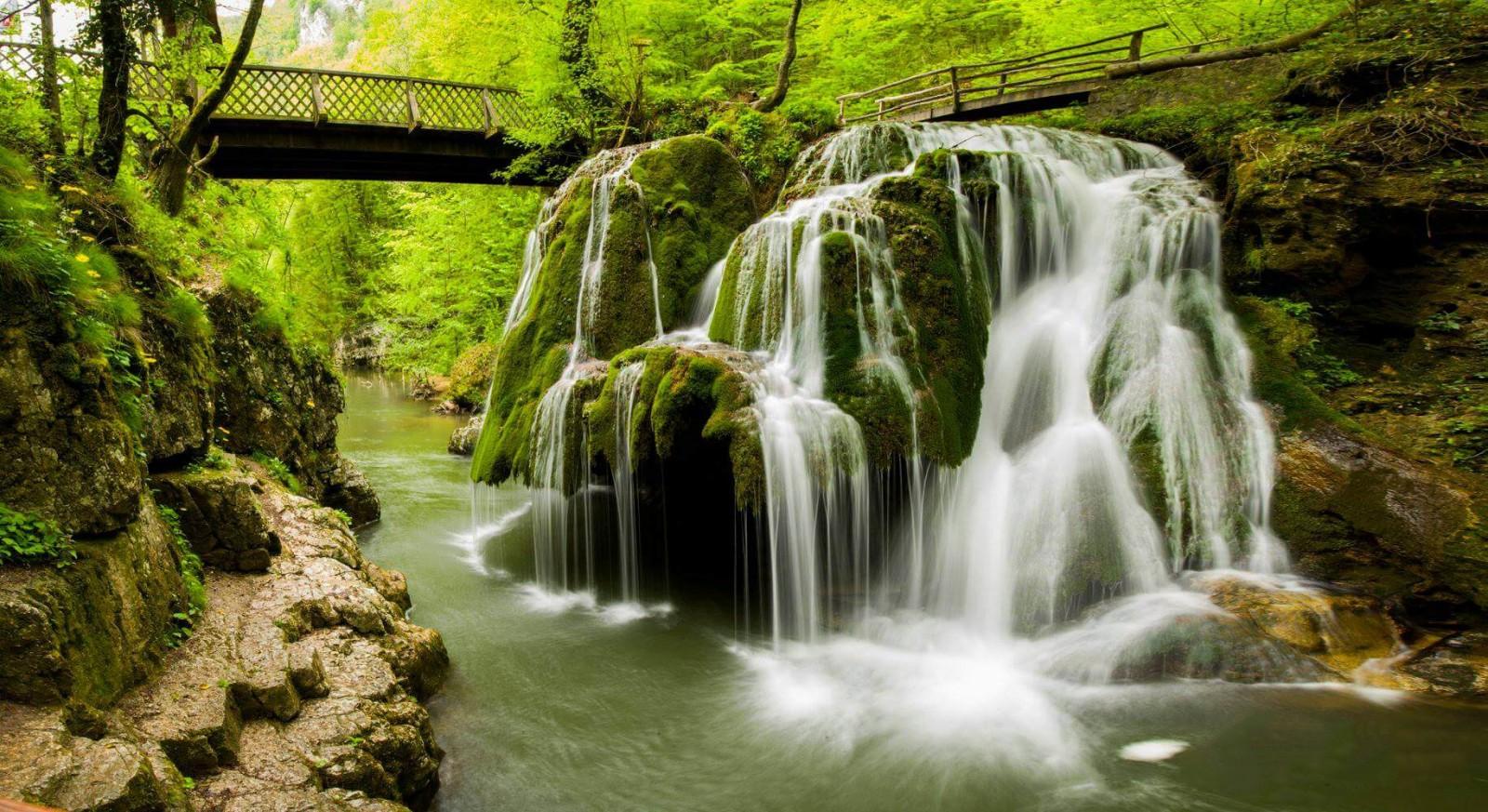 Top 10 destinatii turistice din Romania - Cascada Bihar